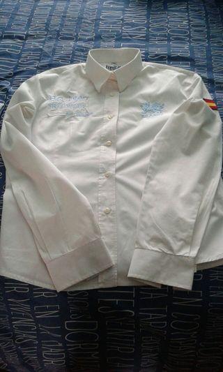 camisa kilarny