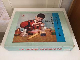 Urgente mudanza - Juego antiguo de quimica