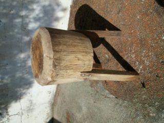 Mojón de madera