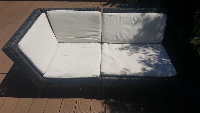 cojunto de sofas y mesita baja