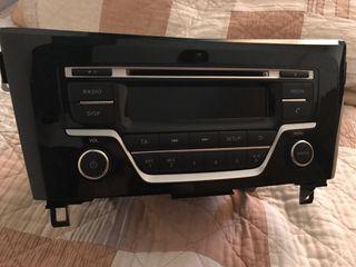 Radio cd con manos libres original de Nissan Qashqai nuevo