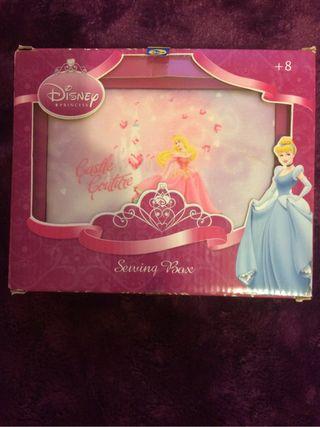 Costurero Disney
