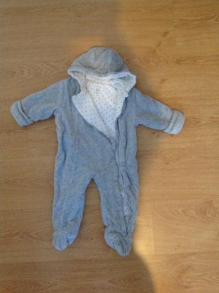 Buzo Bebe Gris Talla 9-12 Meses