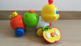 juguete bebé teledirigido