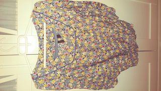 blusa de mango.