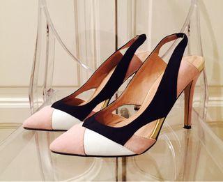 Zapato de salón Suite B. T. 38