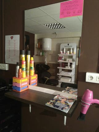 mobiliario peluqueria urge