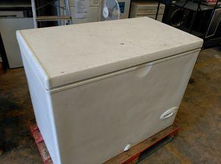 Arcon congelador de segunda mano por 165 en tarragona for Arcon congelador a