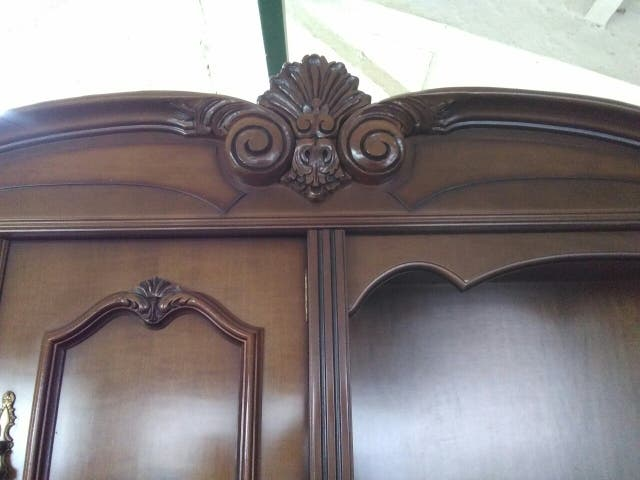 Mueble salón de madera