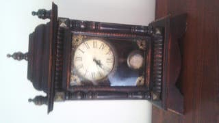 reloj comoda