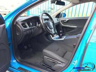 Volvo V60 2.0 D3 R-desing Momentum