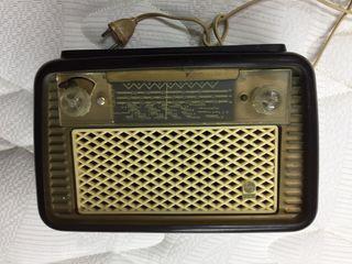 Radio antigua Philips coleccio