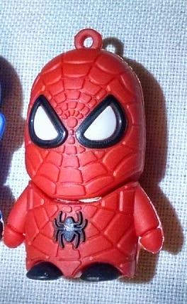 pen drive 16gb Spiderman nuevo