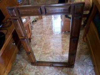 Espejo estilo castellano
