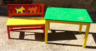 Mesa y banco infantil madera