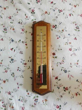Termometro de decoración en madera