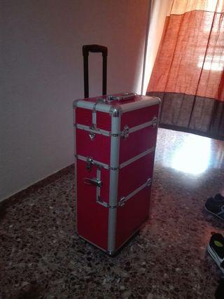 maletin de uñas