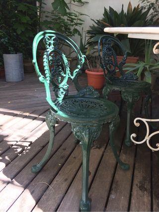 Conjunto jardin mesa y sillas