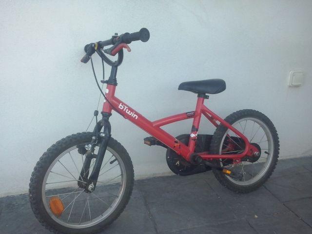 9d738bf1a Bicicleta btwin de 16 pulgadas de segunda mano por 60 € en Sant ...