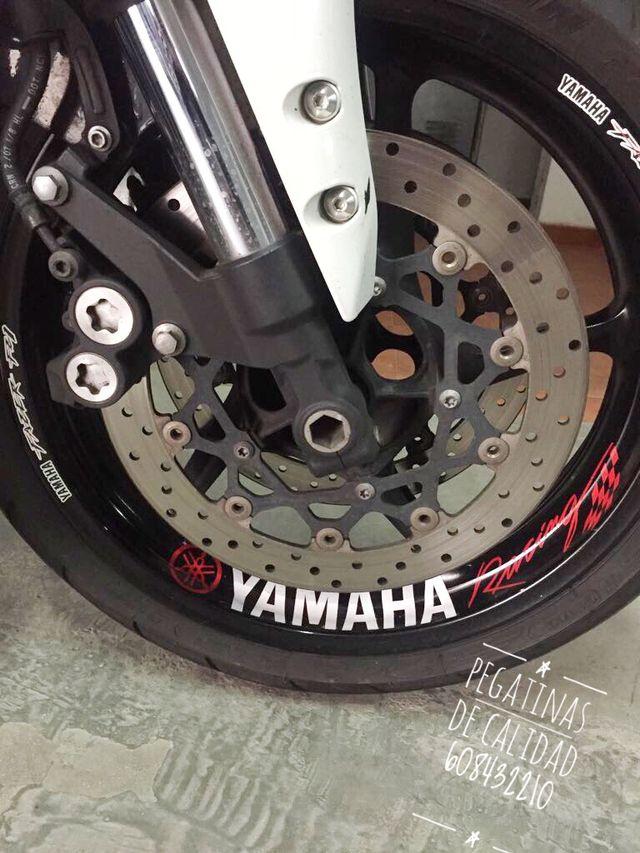 Vinilos interior llanta moto yamaha Racing