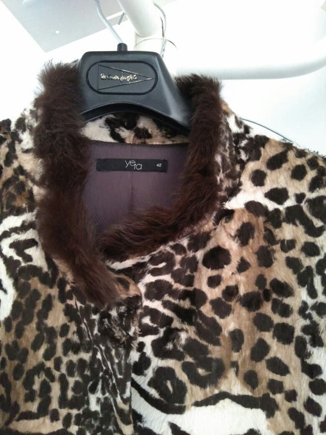 CORTE INGLES Abrigo leopardo PRINT