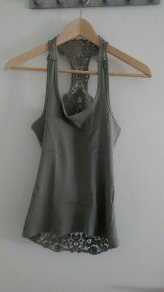 Camiseta croche gris