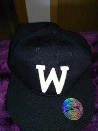 Gorra negra de segunda mano en la provincia de Toledo en WALLAPOP 2c9f2de36d7