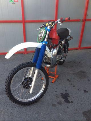 Bultaco Pursang R16
