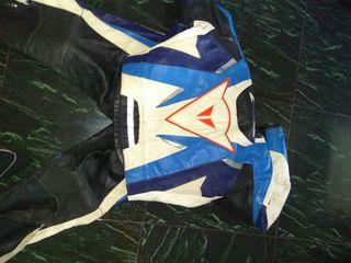vendo traje de moto dainese