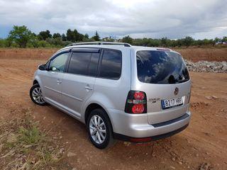 Volkswagen touran touran 2.0 tdi dsg 2010