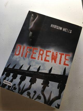"""Libro """"Diferente"""""""