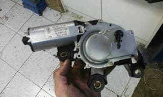 Motor limpia trasero golf IV