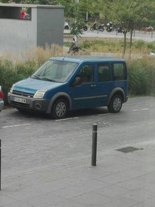 Ford Tourneo 2004