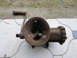 maquina antigua de hacer chorizos