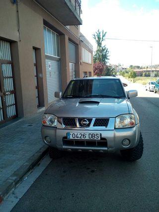 Nissan NP300 Navara 2004
