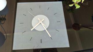 Reloj de cristal de pared