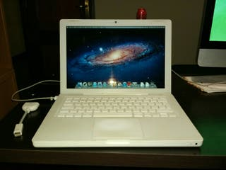 Macbook Intel Core 2 Duo 2.1GHz+2GB RAM