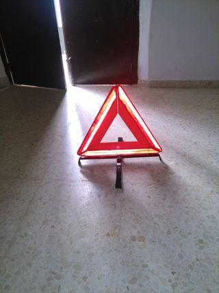 2 Triángulos de emergencia