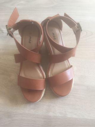 Sandales compensees Moa