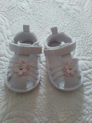 sandalias bebe NUEVAS
