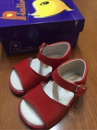 Sandalias rojas niña.T.19