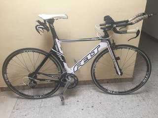 Bicicleta triatlon carbono