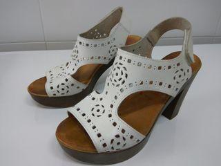 sandalias blancas N°35