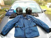 Cazadora moto,mas casco mas guantes.
