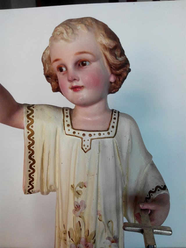 Niño Jesús bendiciendo