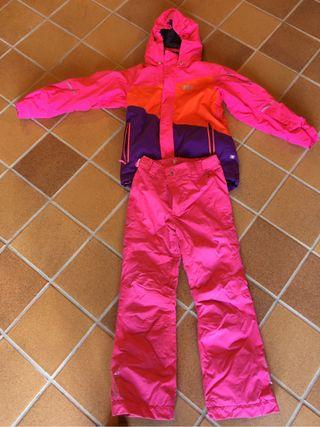 Anorak y pantalón ski