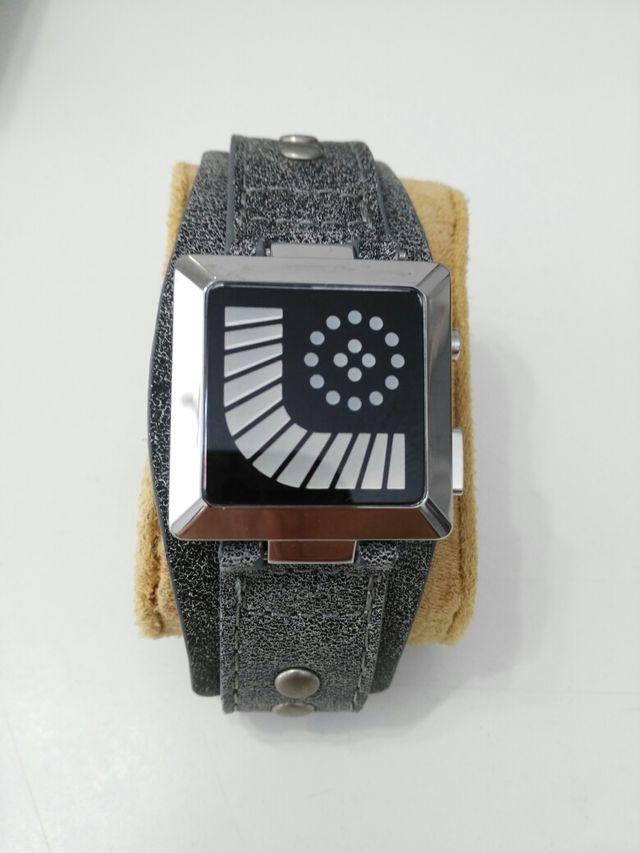 Lote de 2 relojes Led
