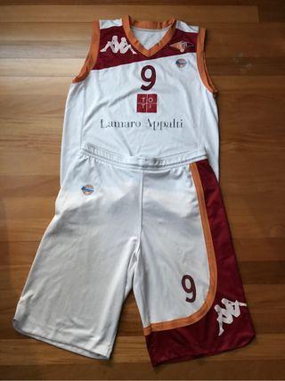 Uniforme Baloncesto Virtus Roma