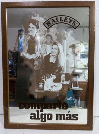 Cuadro espejo publicitario Baileys