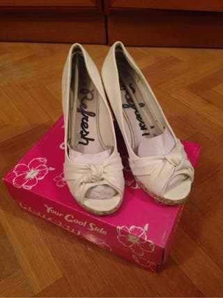 Zapatos blancos de cuña para chica, juveniles